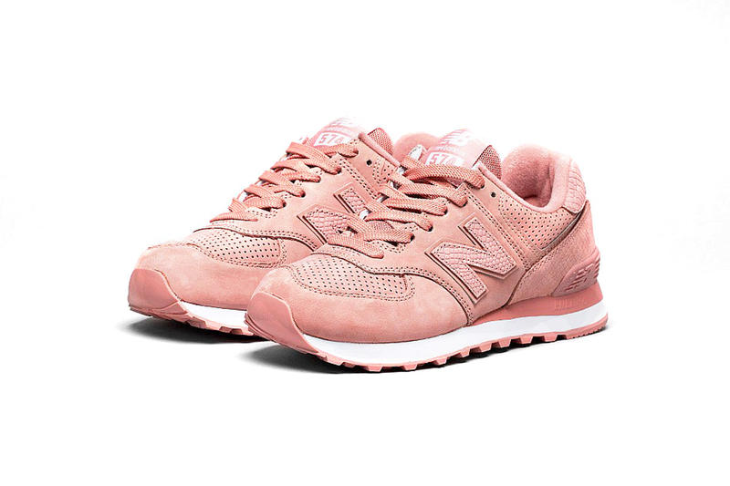 New Balance 574 Dusted Peach Pink