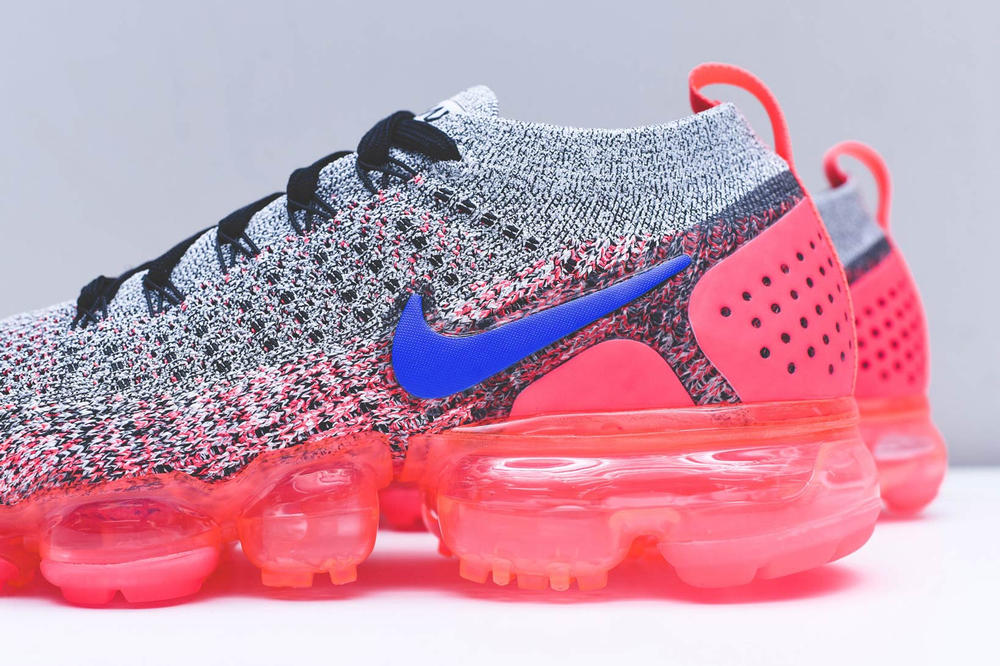 Nike Air VaporMax Flyknit 2.0 White Blue Crimson