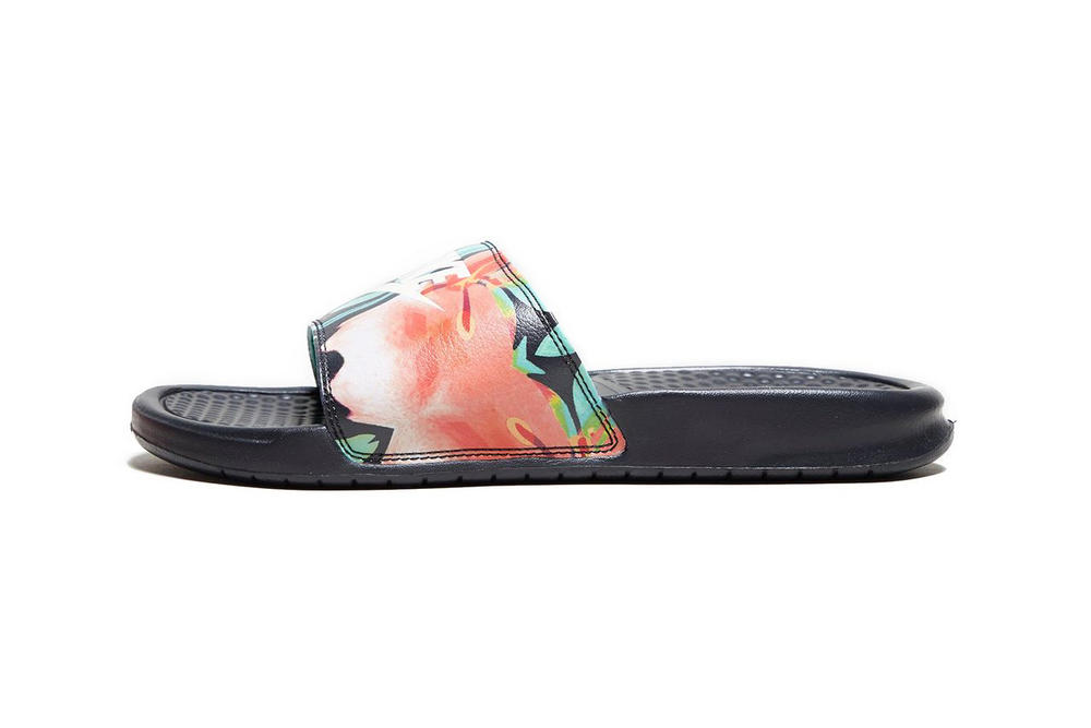 Nike Benassi Logo Floral Print Slides sandals slip-ons summer spring flower tropical pattern where to buy size?