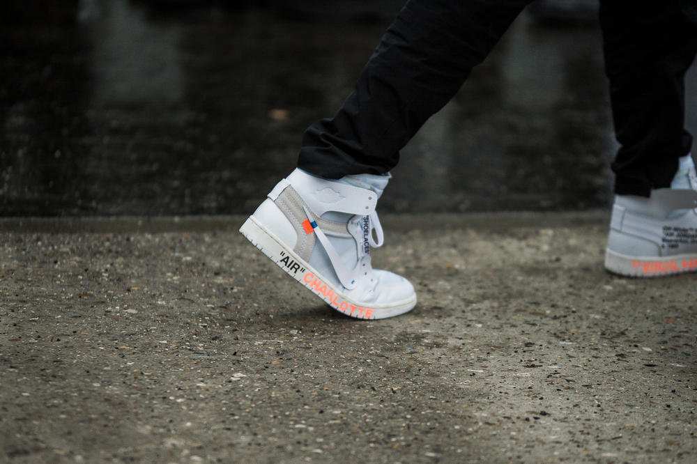 Paris Fashion Week 2018 Streetsnaps Women Virgil Abloh Nike Air Jordan 1 White