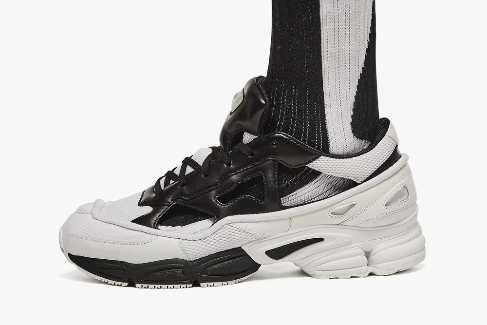 Raf Simons x adidas Ozweego Replicant Black/Cream White