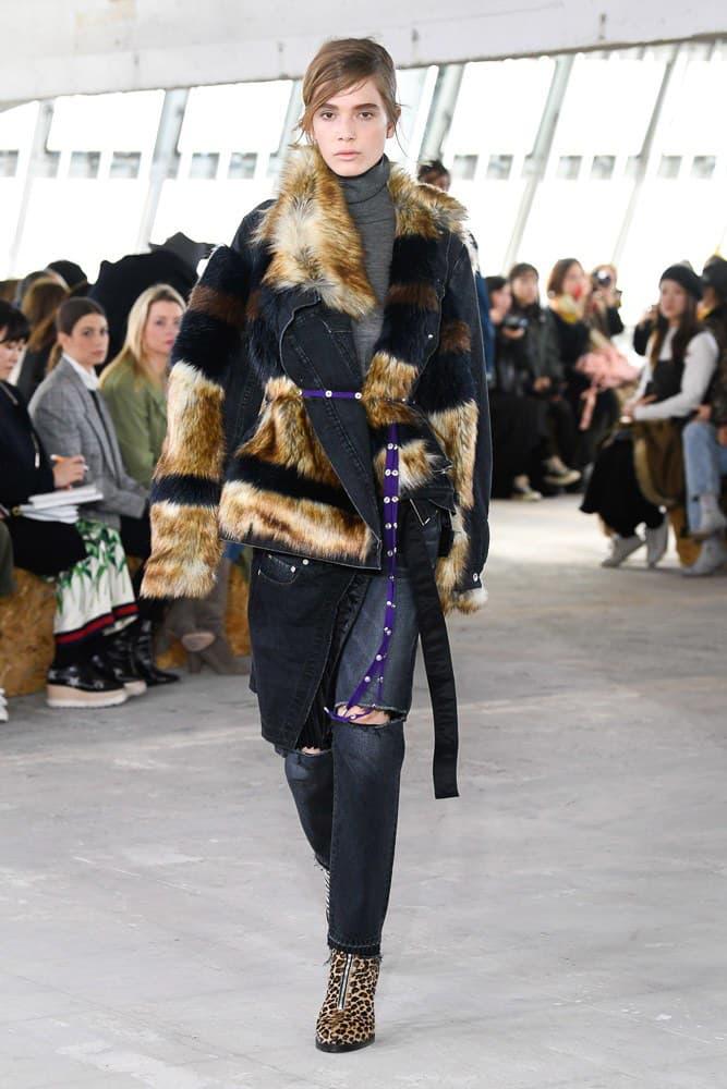 Sacai Fall Winter 2018 Paris Fashion Week Show Collection Denim Jacket Fur Brown Black