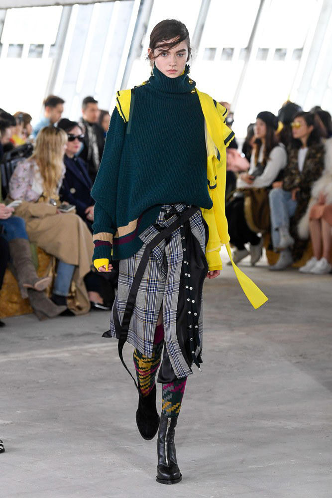 Sacai Fall Winter 2018 Paris Fashion Week Show Collection Sweater Skirt Plaid Green Yellow