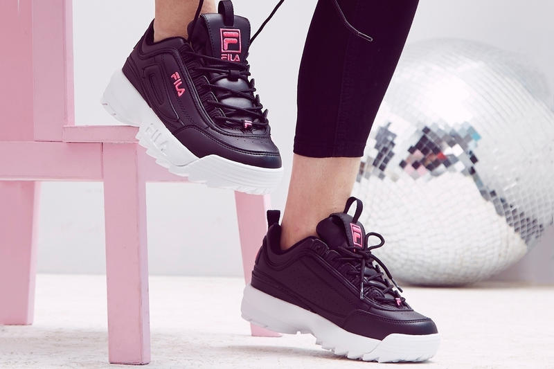 FILA Disruptor 2 All Black & Pink Sneaker 90s Retro Trend