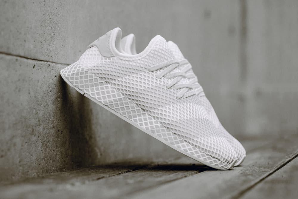 adidas Consortium Deerupt Sneaker Grey/White Striped Runner Shoe Silhouette