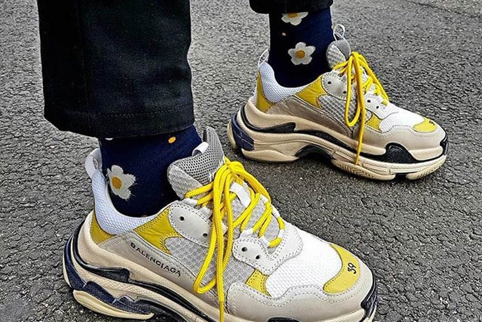 balenciaga triple s look alike
