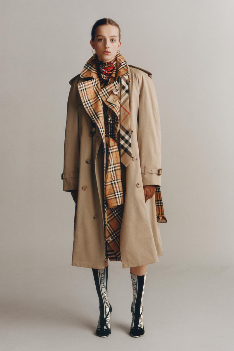 Burberry Iconic Trench Coat Reimagined Beige Nova Check Heritage Check Red White Black Print Jacket