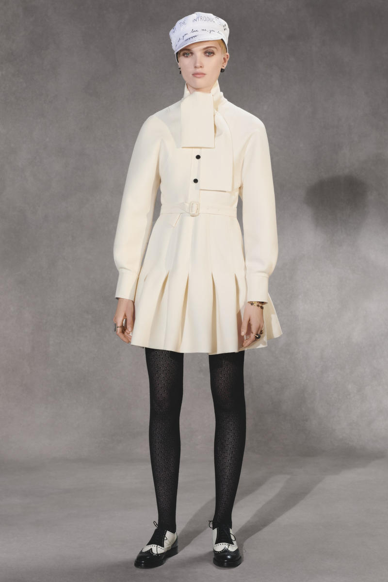 Dior Fall 2018 Collection Lookbook Pleated Jacket Hat White