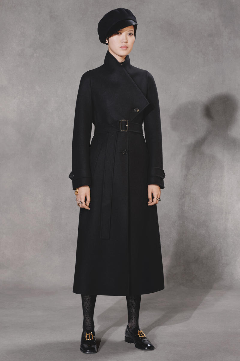 Dior Fall 2018 Collection Lookbook Oversized Wool Coat Black