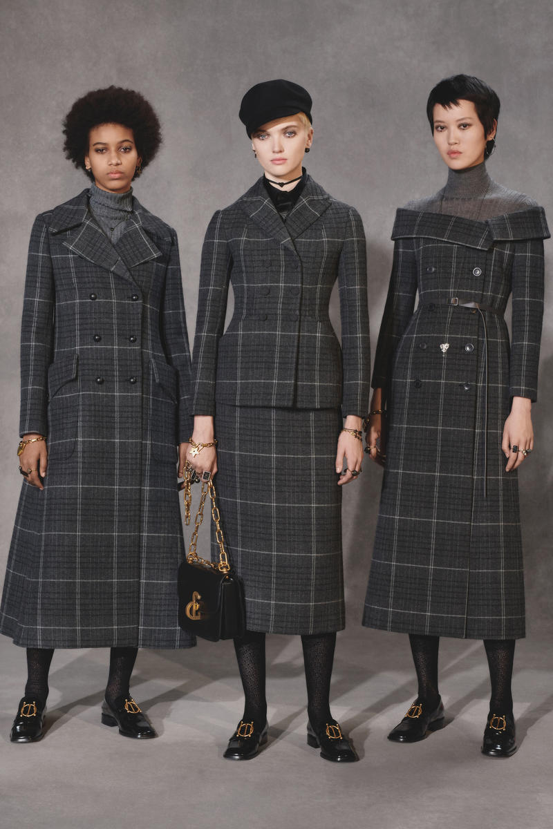 Dior Fall 2018 Collection Lookbook Plaid Jacket Blazer Skirt Hats Leather Handbag Grey Black