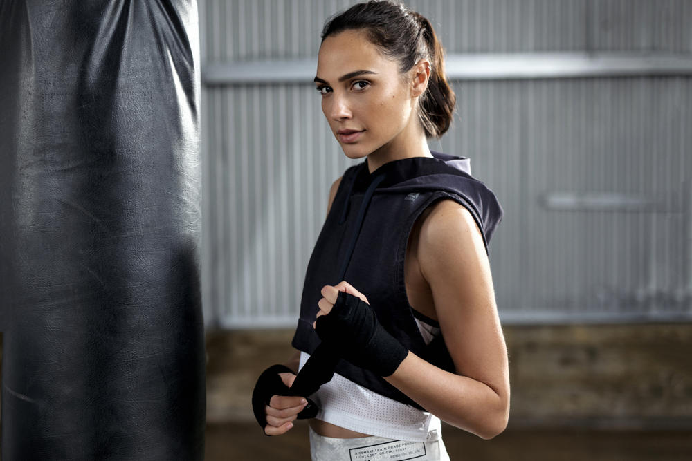 Gal Gadot Core Strength Workout Circuit Routine Reebok Campaign