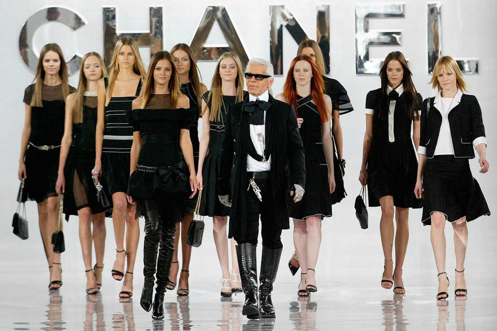 Image result for karl lagerfeld and models