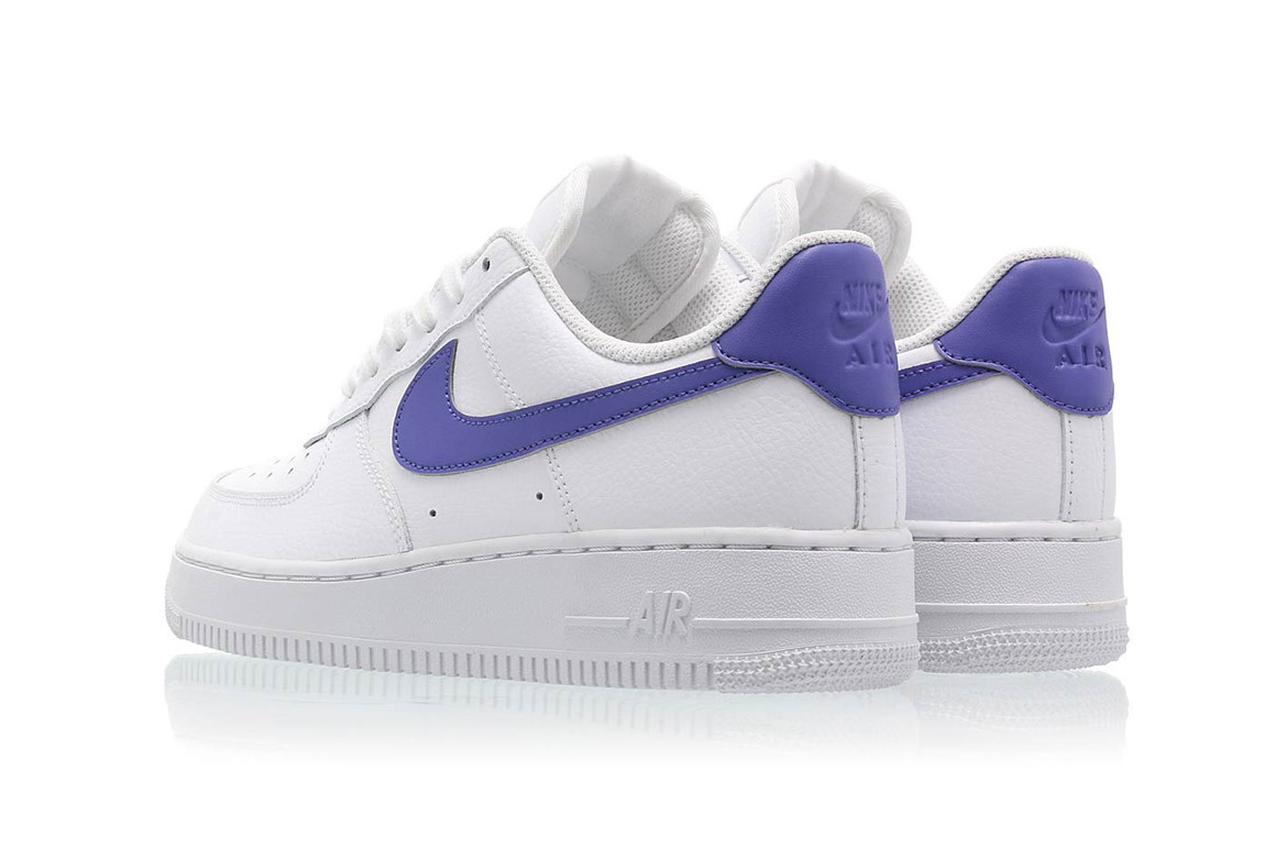 discordia Ver a través de metano  Nike Air Force 1 '07 in Ultra Violet and White | HYPEBAE