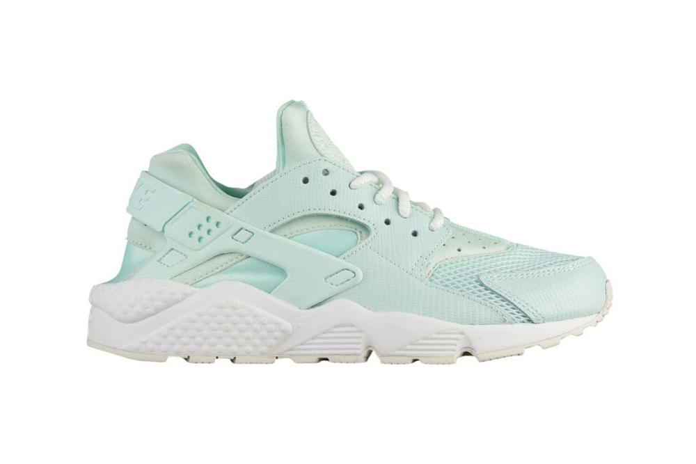 Nike Air Huarache Igloo Summit White