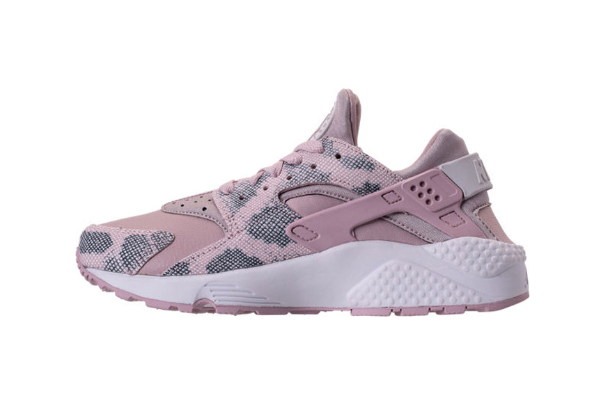 Nike Air Huarache Releases In Particle