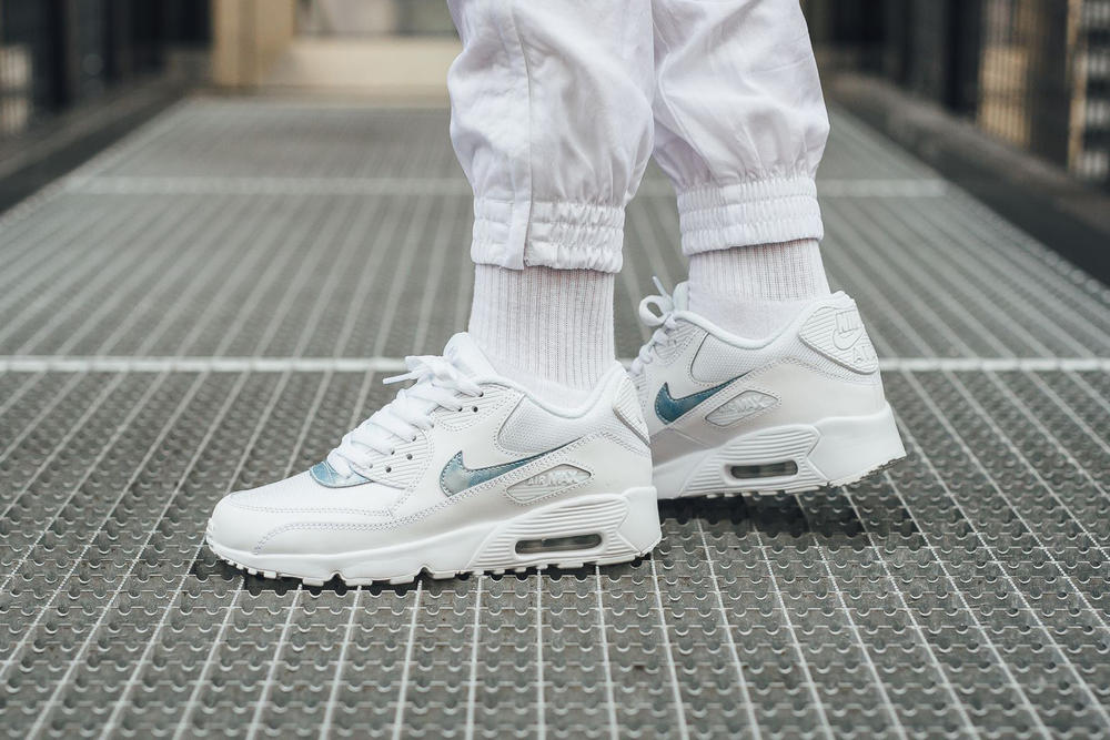nike air max 90 mesh royal tint iridescent