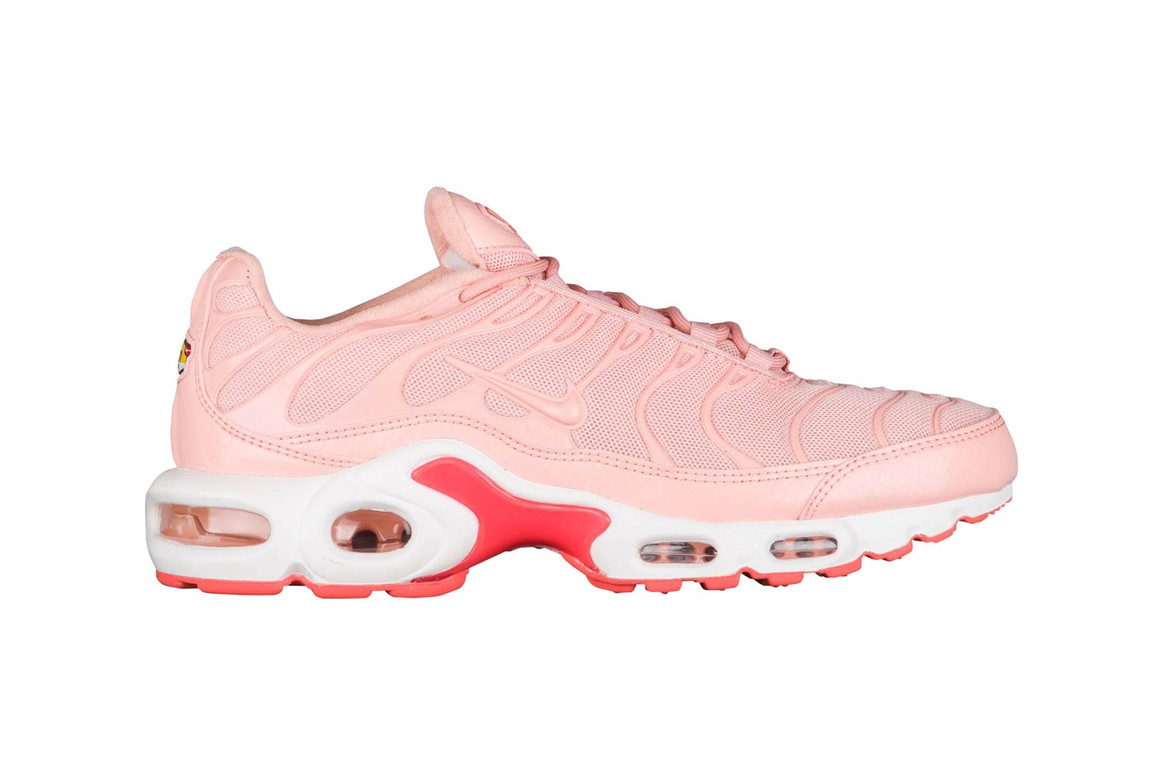latest hot new products catch Nike's Air Max Plus in Pink