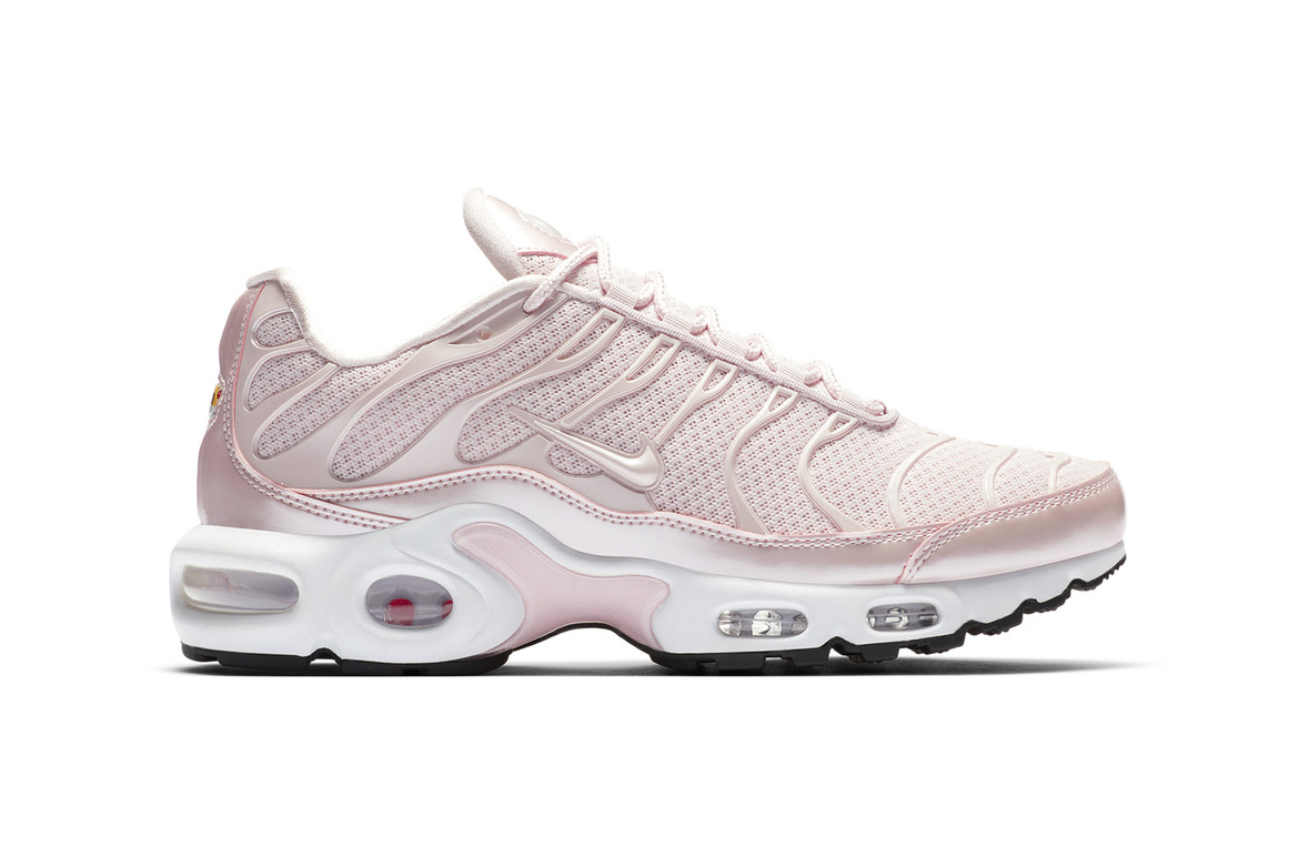 good texture cost charm thoughts on Nike Air Max Plus Premium Barely Rose For Spring | HYPEBAE
