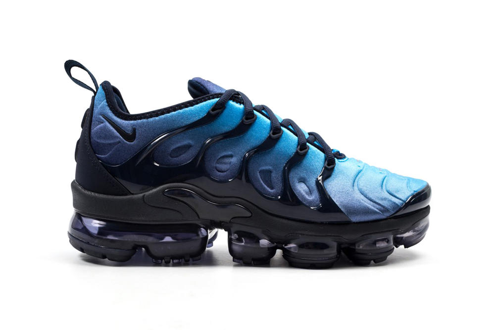 7aebeb96c4e Nike Air VaporMax Plus in Obsidian Photo Blue