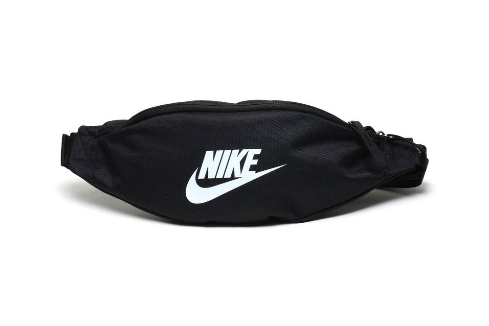 f8f5b3f15b42 Affordable Fanny Packs From Nike in Black   Gray