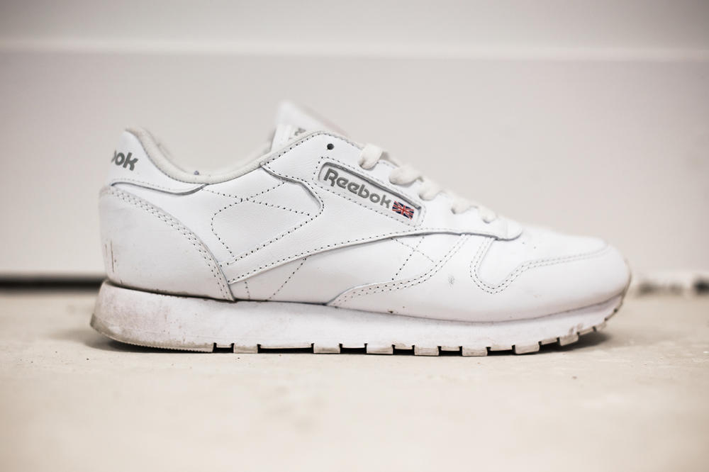 4d0554a6519f Reebok Classic Leather White Sneaker Hypebaekicks review Women s ladies  girls where to buy