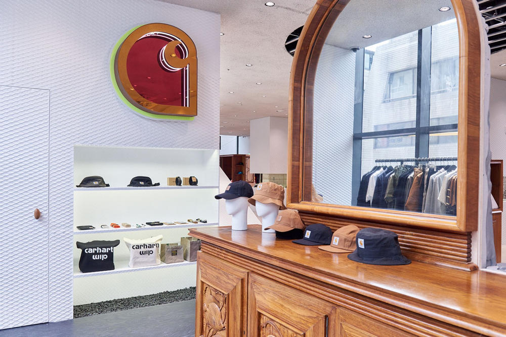 worksout hongdae seoul select shop streetwear collaborations armoire wood mirror