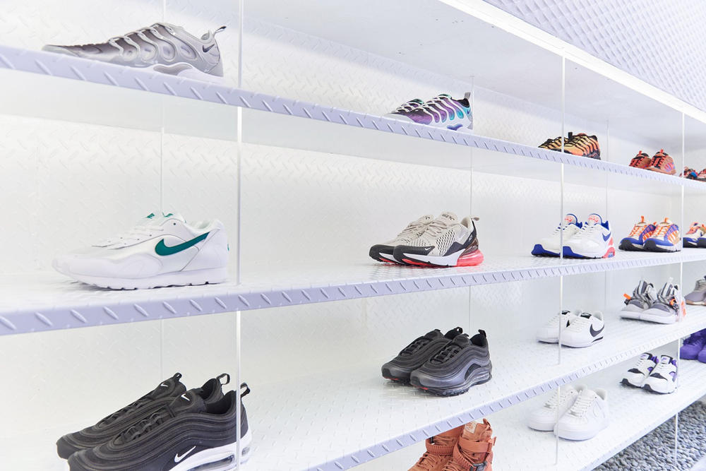 worksout hongdae seoul select shop streetwear collaborations nike shoe wall sneakers white army green