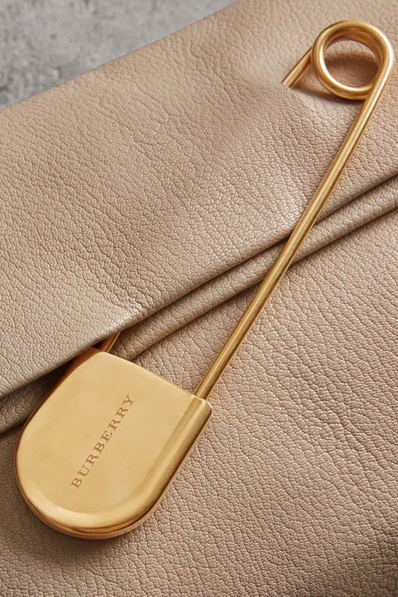 Burberry Medium Pin Clutch Leather Stone