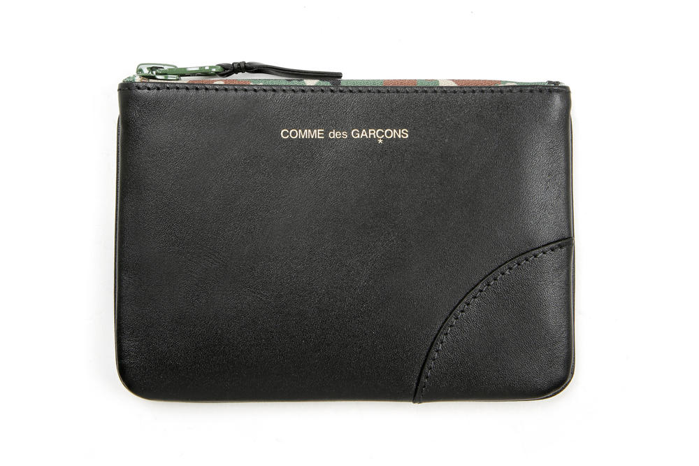 COMME des GARÇONS Leather Medium Pouch Black Camouflage