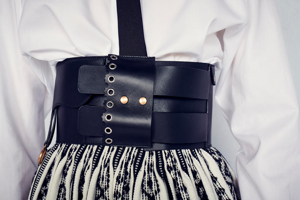 Dior Cruise 2019 Resort Runway Backstage Belt Black