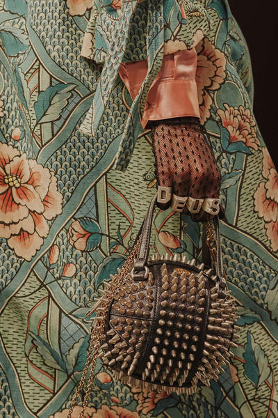 Gucci Cruise 2019 Runway Details Studded Bag Spike Gloves Rings
