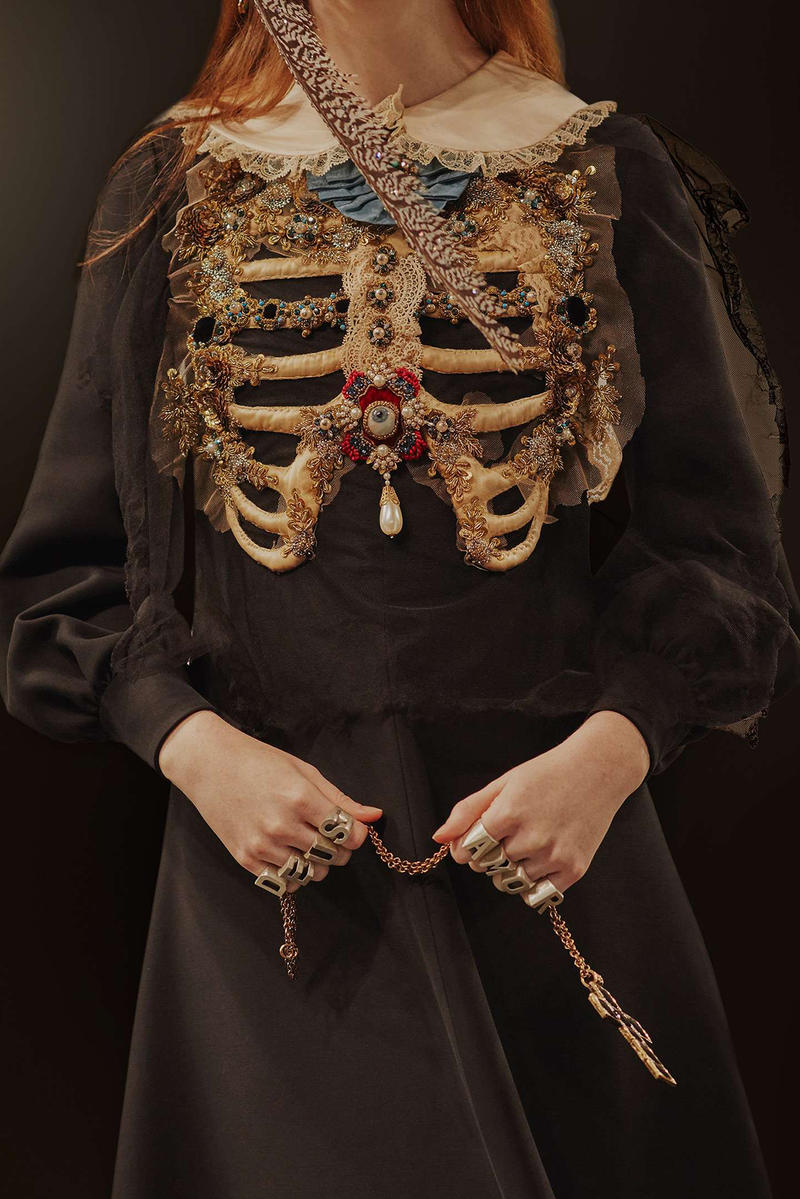 Gucci Cruise 2019 Runway Details Skeleton Jewelry Accessories Rings
