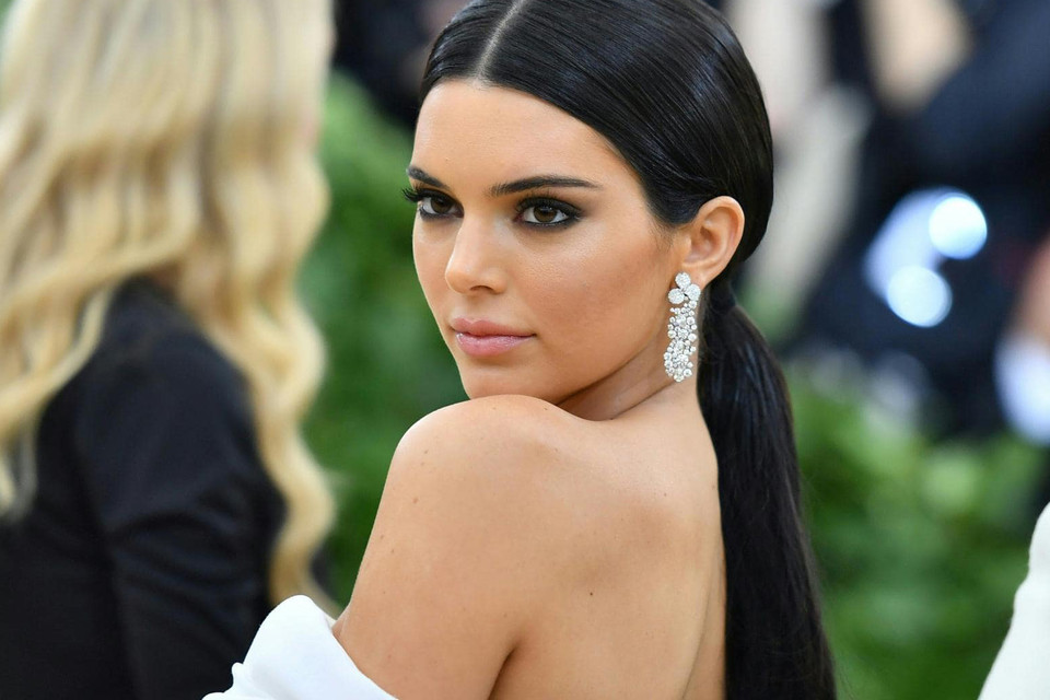c47a44ec9975 Kendall Jenner Gets Ready for Met Gala 2018 | HYPEBAE