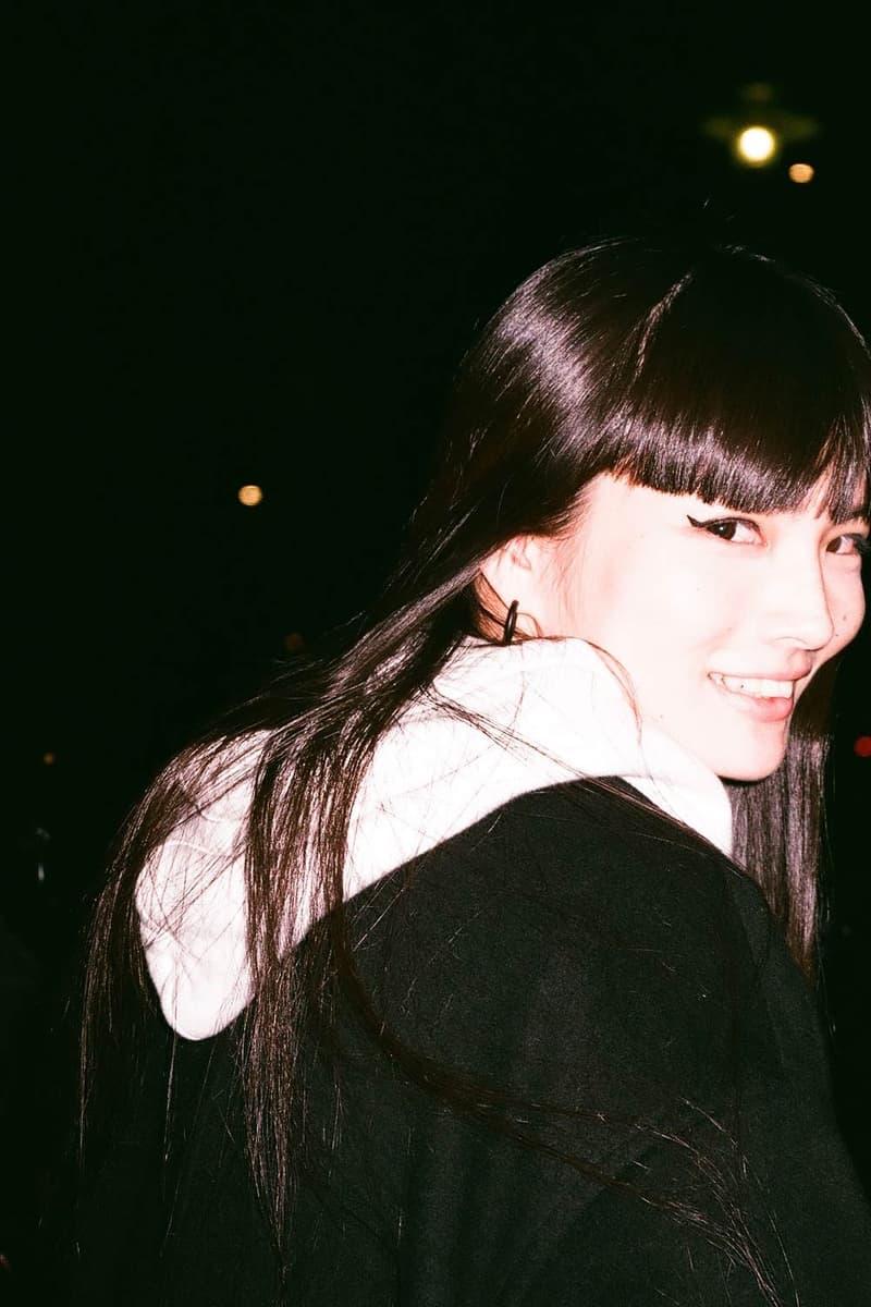 Kozue Akimoto Book Photos