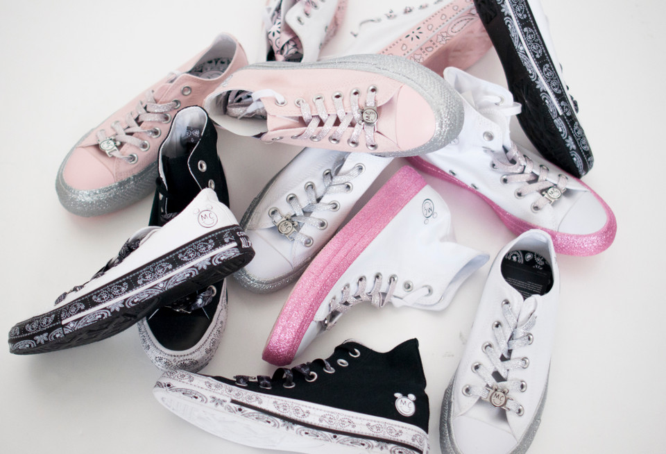 Miley Cyrus Converse Collaboration Unboxing  63a605399