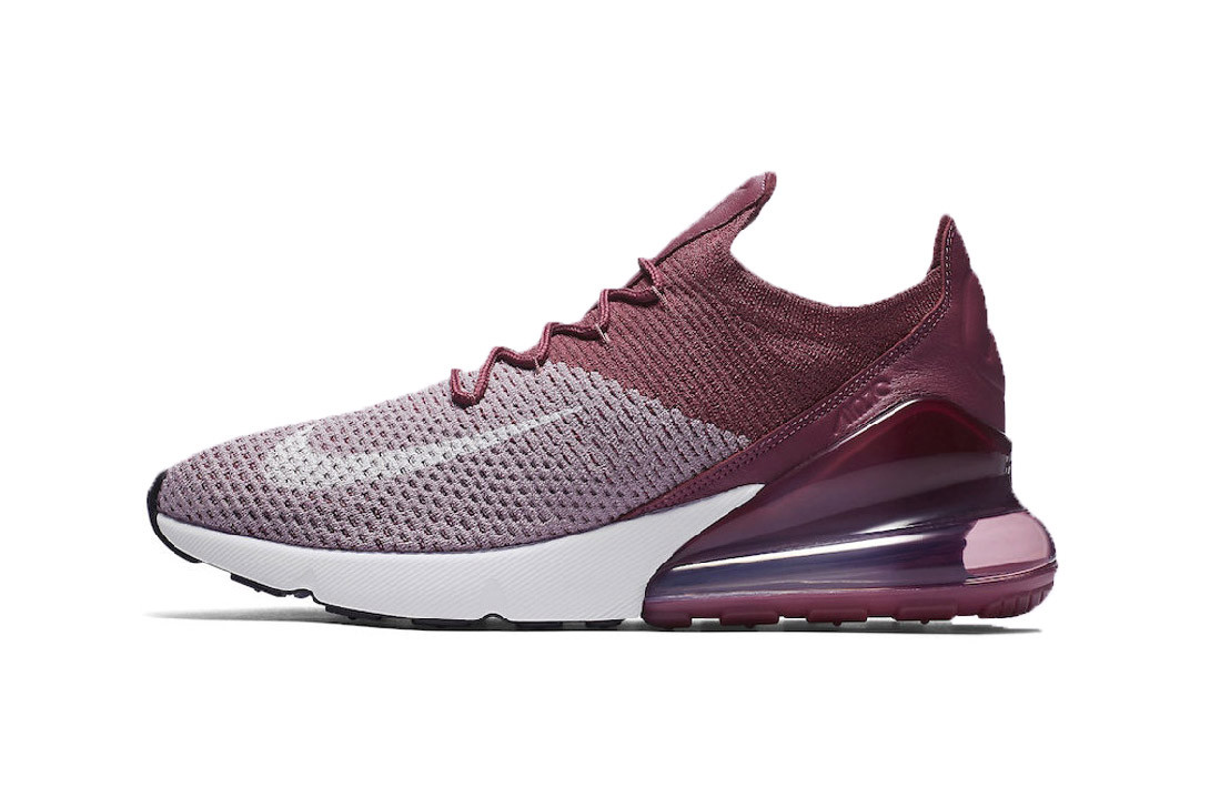 Air Max 270 Flyknit in \
