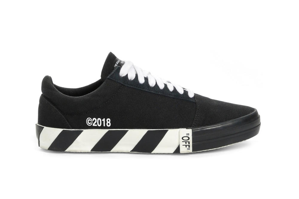 Off-White Fall Winter 2018 Vulc Low-Top Sneakers Black