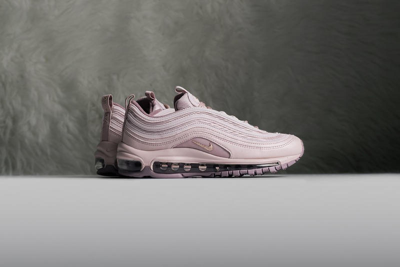 finest selection d062b a0e4f Nike Air Max 97
