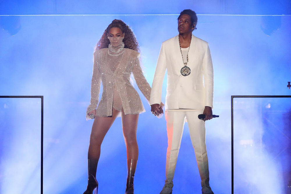 Beyonce Jay Z On The Run II Tour Cardiff Concert Silver Laquan smith dress