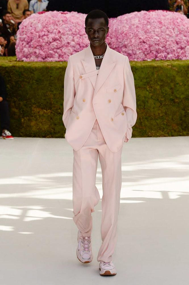 Dior Homme Spring Summer 2019 Runway Show Paris Fashion Week Men's Kim Jones Yoon Ahn Kaws Pink Suit