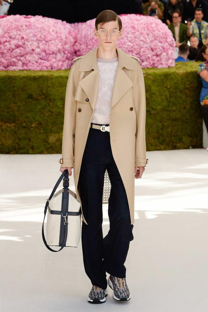 Dior Homme Spring Summer 2019 Runway Show Paris Fashion Week Men's Kim Jones Yoon Ahn Kaws Coat Bag