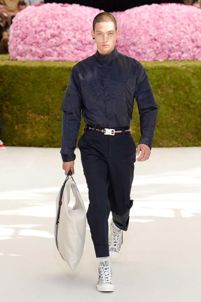 Dior Homme Spring Summer 2019 Runway Show Paris Fashion Week Men's Kim Jones Yoon Ahn Kaws Bag Suit Blue Matthew Williams Alyx