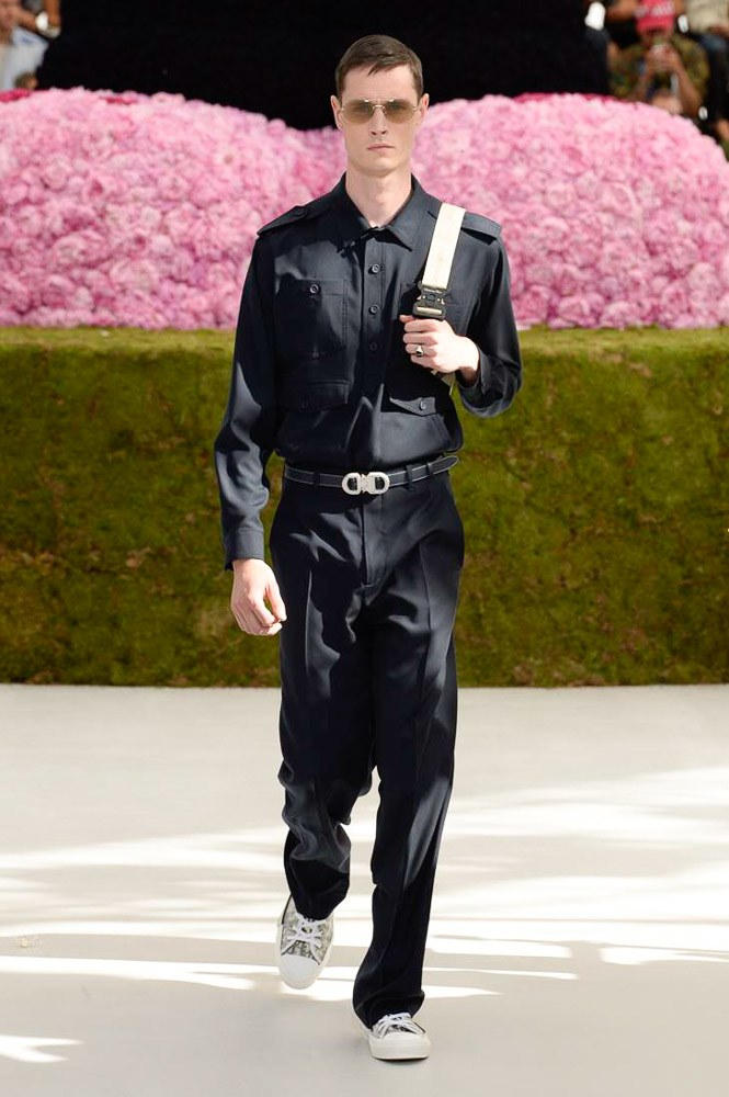 Dior Homme Spring Summer 2019 Runway Show Paris Fashion Week Men's Kim Jones Yoon Ahn Kaws Matthew Williams Alyx