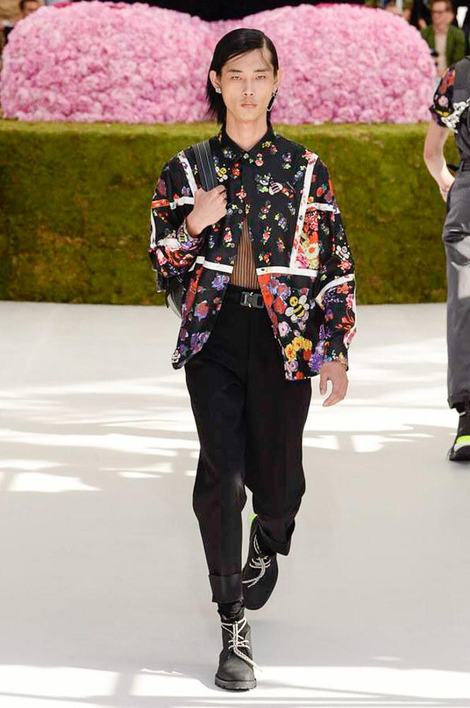 Dior Homme Spring Summer 2019 Runway Show Paris Fashion Week Men's Kim Jones Yoon Ahn Kaws Black Floral Shirt