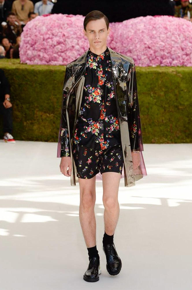 Dior Homme Spring Summer 2019 Runway Show Paris Fashion Week Men's Kim Jones Yoon Ahn Kaws Black Floral