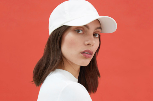 3c291bdc2918 Get Summer-Ready in Everlane s Minimalist Baseball Caps