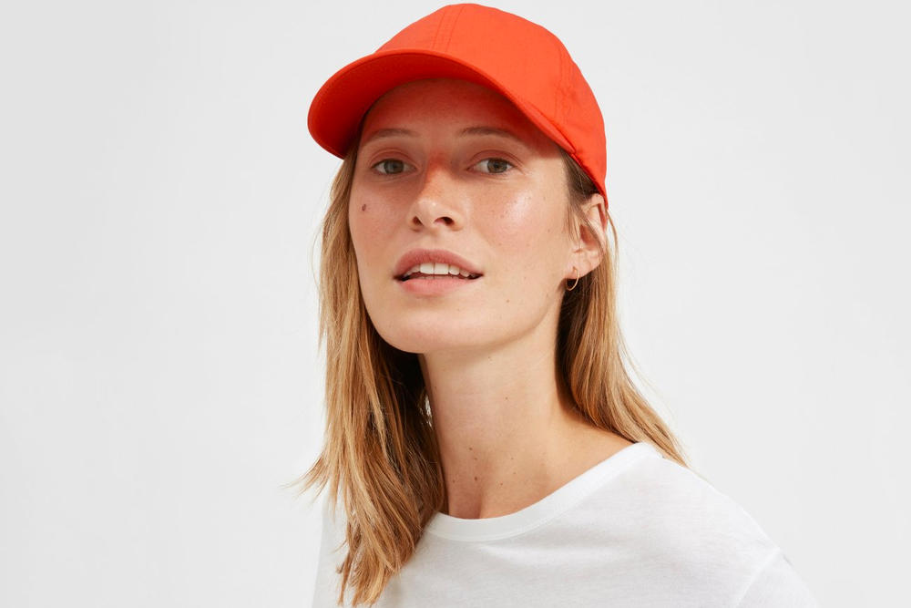 Shop Everlane's Summer-Ready Baseball Caps White BLack Red Blue Sportswear Accessories Headwear