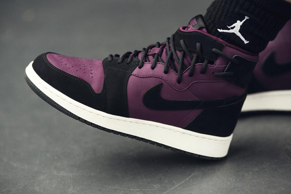 WOMEN'S AIR JORDAN I REBEL XX