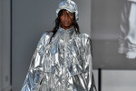 """Picture of Juun.J Defines """"Alternative"""" in His SS19 Collection"""