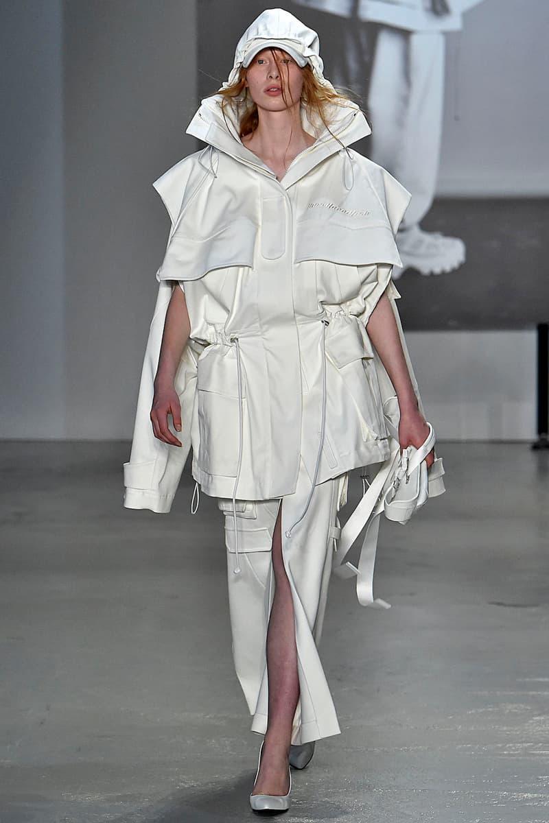 JUUN.J Spring/Summer 2019 Paris Fashion Week SS19 Alternative Silhouette Outerwear Tech wear